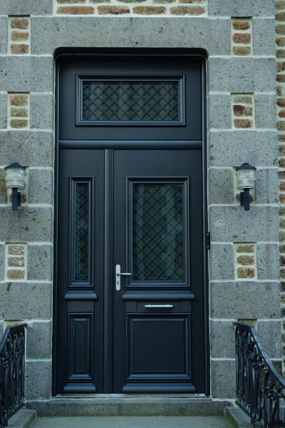 Portes d 39 entr e traditionnelles komilfo for Porte d entree avec imposte