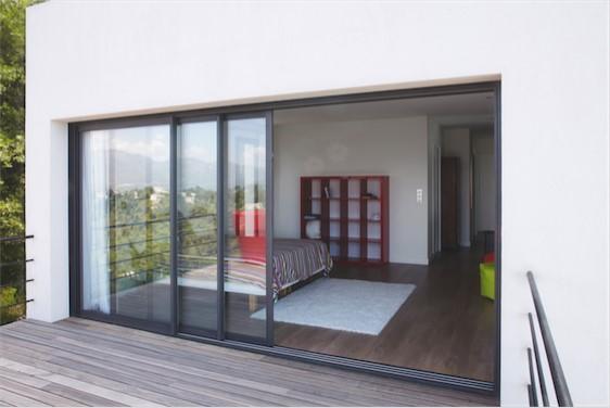 fen tres portes fen tres et baies vitr es en aluminium sur mesure komilfo. Black Bedroom Furniture Sets. Home Design Ideas