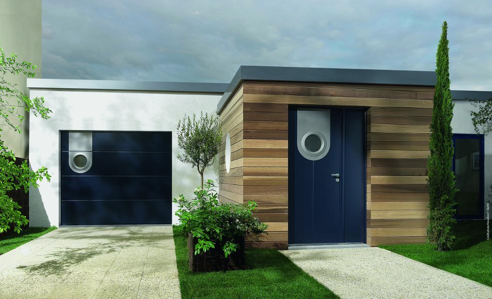 portes de garage et portes d 39 entr e coordonn es komilfo. Black Bedroom Furniture Sets. Home Design Ideas