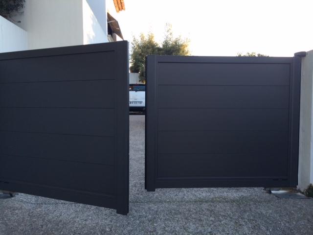 portail contemporain cloture komilfo. Black Bedroom Furniture Sets. Home Design Ideas