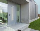porte en aluminium posée par la Miroiterie du Val-de-Marne à Vincennes