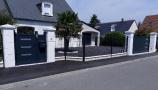 Portail et portillon coordonné avec totem à Tours (Indre-et-Loire)