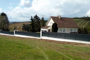 Komilfo Géniès, expert en pose de portail et clôture aluminium à Auxerre et dans l'Yonne
