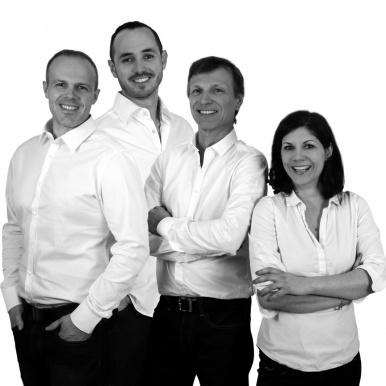 Équipe de direction du magasin Andéol Fermetures à Grenoble - Komilfo