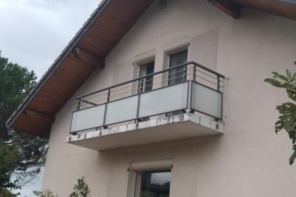 garde corps verre aluminium balcon