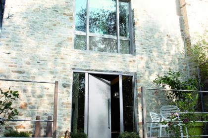 Porte d'entrée design en aluminium