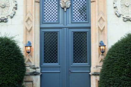 Porte d'entrée traditionnelle Château Gontier