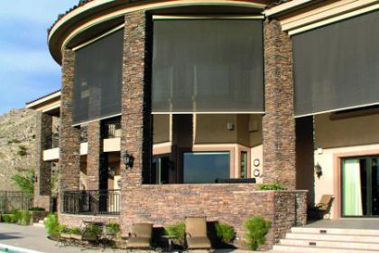 Store de fenêtre screen Serge Ferrari
