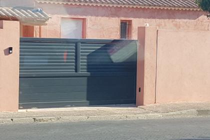Installation d'un portail aluminium à Marguerittes