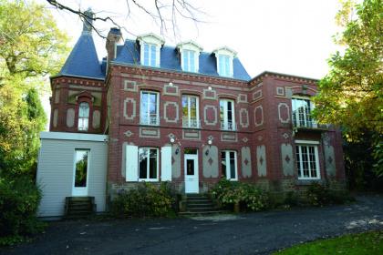 Porte d'entrée installée à Flers par Société Quenechd, adhérent Komilfo dans l'Orne ( 61)