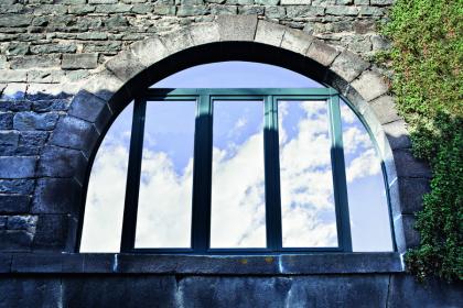Fenêtre cintrée bois