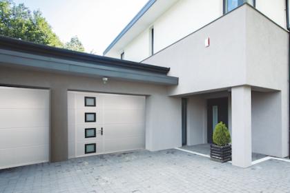 Porte de garage sectionnelle Gypass certifiée A2P