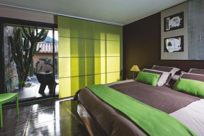 Paroi japonaise verte Luxaflex par Komilfo Argelès Perpignan