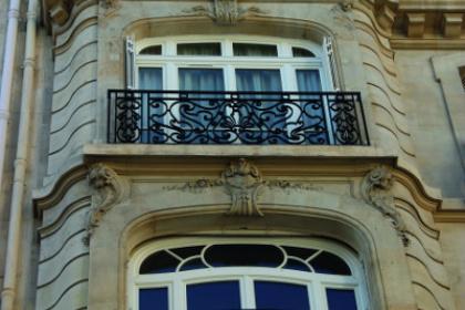 Fenêtre bois style haussmanien
