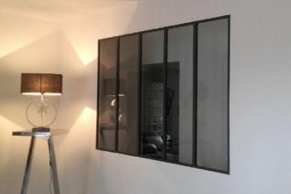 Installation d'une verrière d'atelier sur-mesure Komilfo