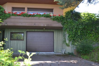 Porte de garage automatique brun sectionnelle evian haute savoie
