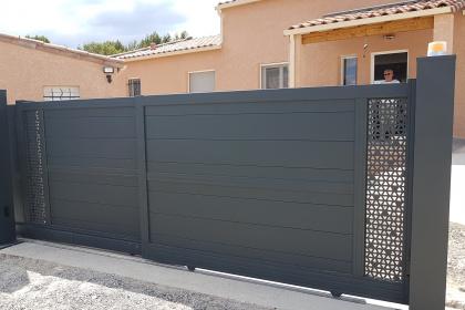 Installation d'un portail télescopique à Ledignan
