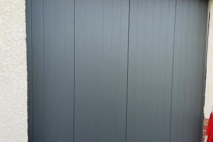 Porte de garage réalisée à Serques