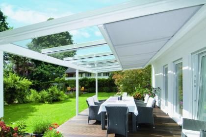 Toit de terrasse avec store sous-toiture - Komilfo