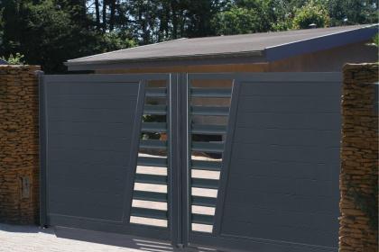 Portails, clôtures, garde-corps sur-mesure - Alu, bois, PVC ...