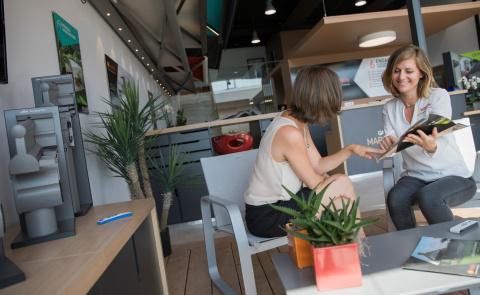 Un suivi personnalisé pour faciliter vos démarches et changer vos fenêtres - Komilfo
