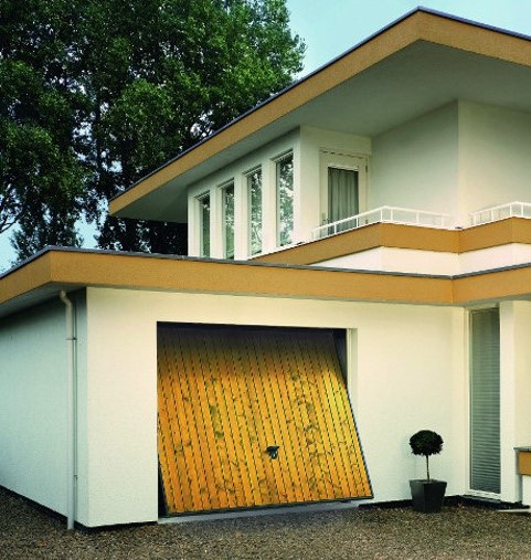 Porte de garage basculante Novoferm vue ouverte par Komilfo