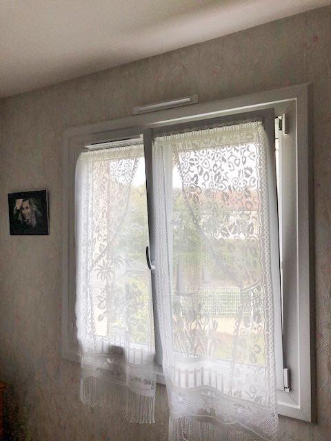 Fenêtre Pvc isolante avec oscillant battant à Poitiers par Komilfo Huguet Thibault