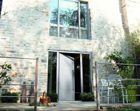 Porte d'entrée aluminium grise