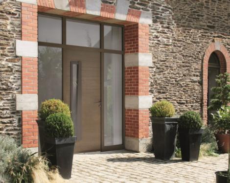 Portes d entr e bois sur mesure modernes design classiques komilfo for Renover porte entree