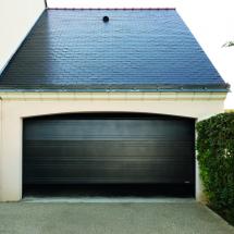 Porte de garage sectionnelle plafond