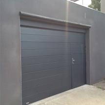 porte de garage anthracite avec portillon