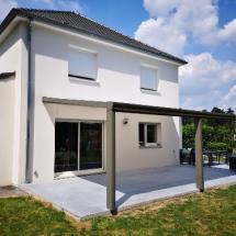 Pergola aluminium installée près de Maubeuge et Valenciennes par Ombres et Protections