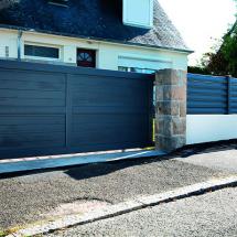 Portail PVC et clôture assortie