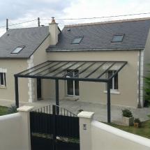 Toit de terrasse vitré en aluminium gris anthracite
