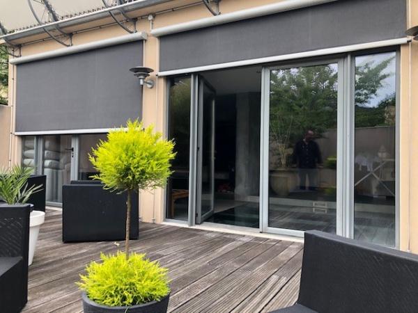 Stores pour protection solaire à Poitiers par Huguet Thibault