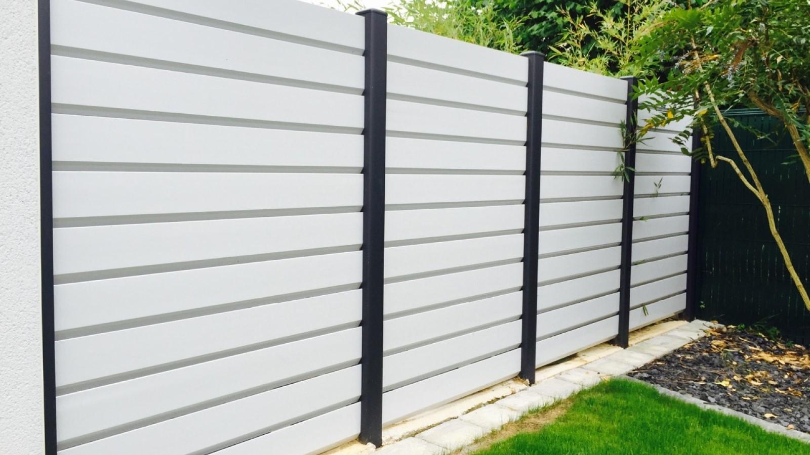 Claustra Bois Lames Orientables portail, clôture, brise-vue : protéger son intimité avec un