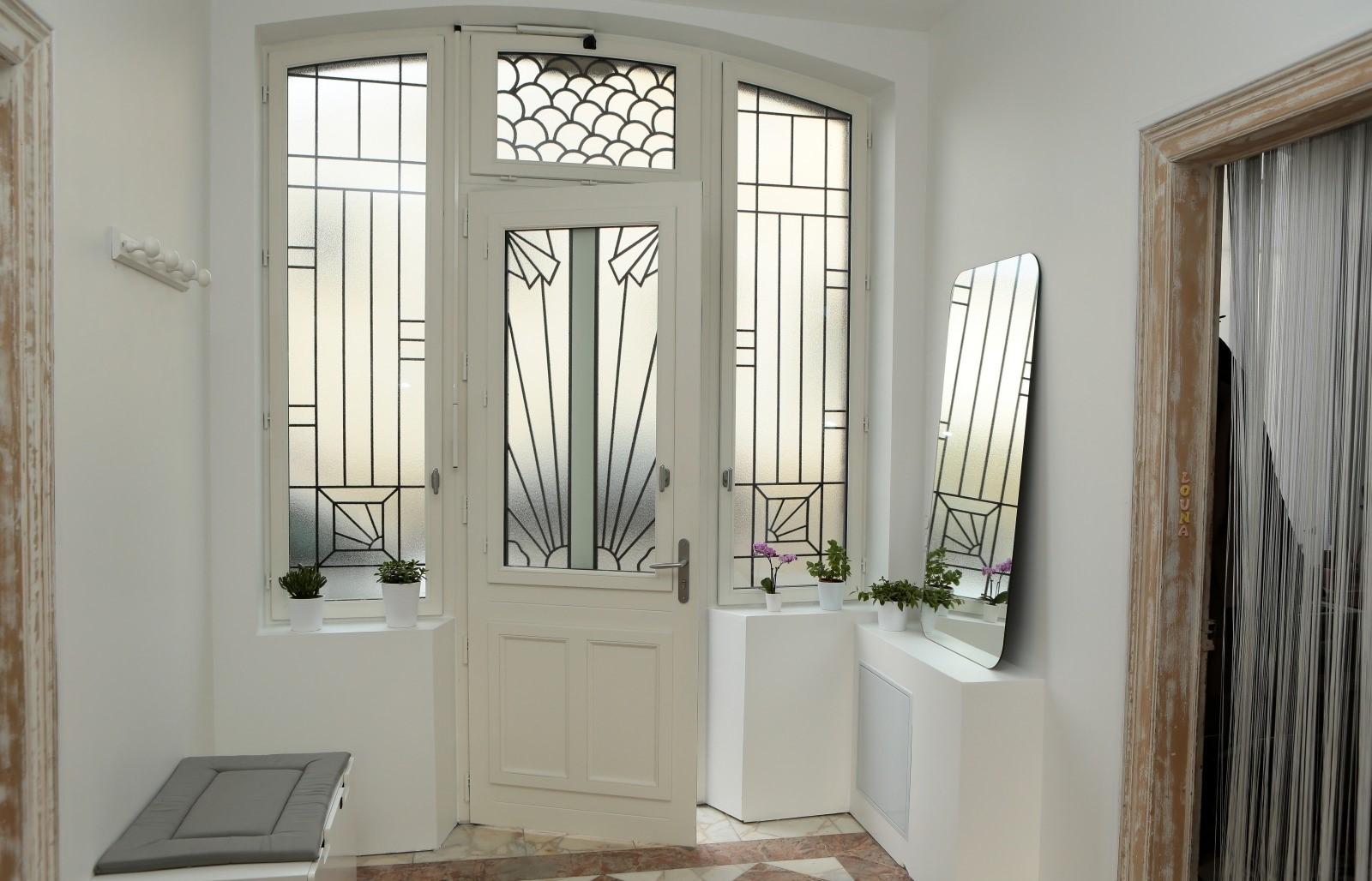 Double Porte Verriere Interieure guide - choisir une porte d'entrée vitrée ou semi-vitrée