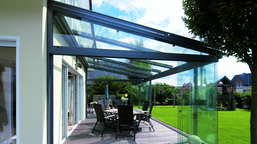 Toit de terrasse komilfo for Pergola avec toit en verre