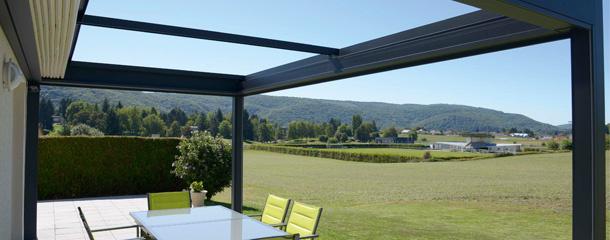 pergola toit de terrasse conseils informations utiles komilfo. Black Bedroom Furniture Sets. Home Design Ideas