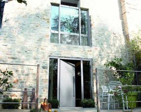 porte pvc et aluminium contemporaines pour votre maison With beautiful energie d une maison 11 fenetres baies pvc komilfo